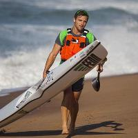 FEATURE Durban Downwind SA Surfski Champs Jasper runs past Hank